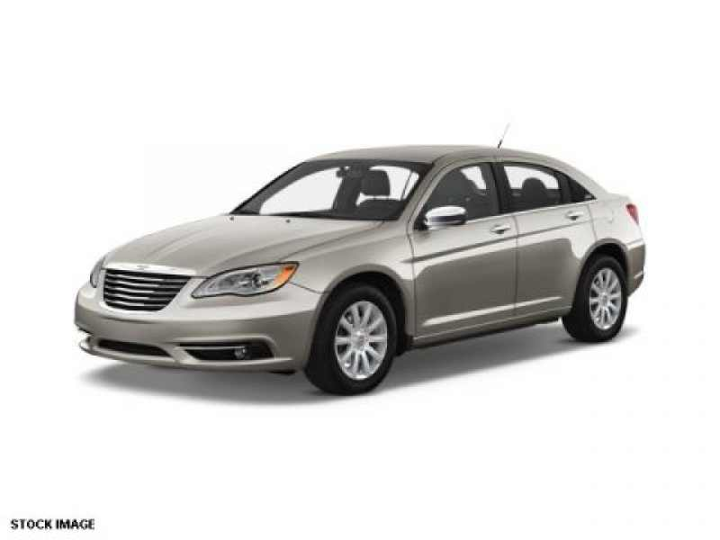 2013 Chrysler 200 Limited 1 CarSoup