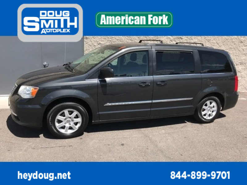 2011 Chrysler Town and Country Touring 1 CarSoup