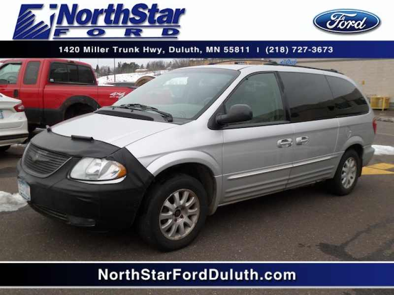 2002 Chrysler Town and Country LXI 1 CarSoup