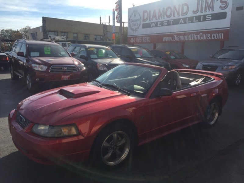 2001 Ford Mustang GT Deluxe 1 CarSoup
