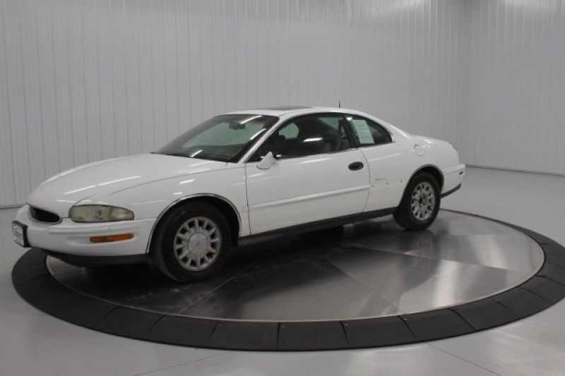 1997 Buick Riviera Base 1 CarSoup