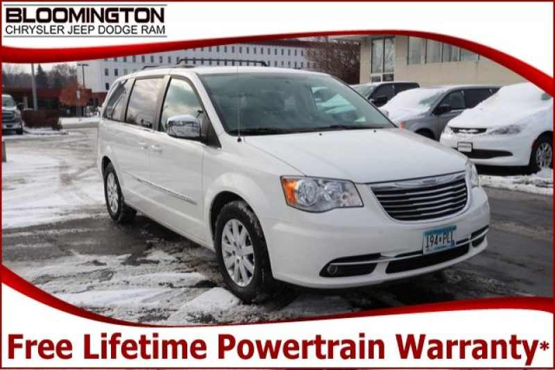 2011 Chrysler Town and Country Touring-L 1 CarSoup