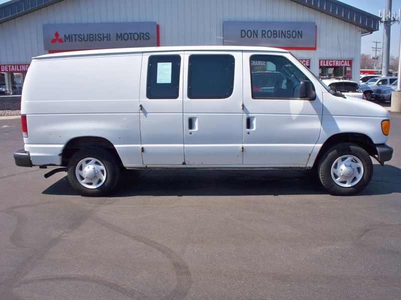 2007 Ford Econoline Cargo E-150 1 CarSoup