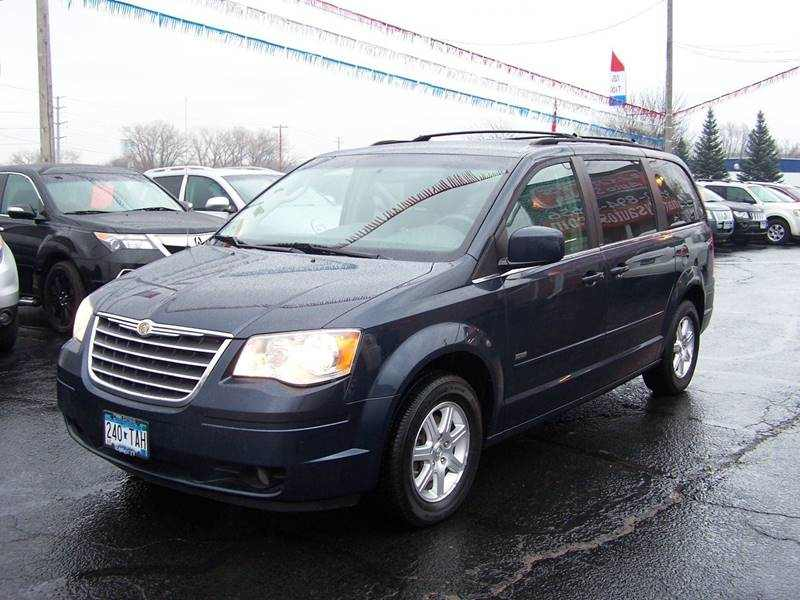 2008 Chrysler Town and Country Touring 1 CarSoup