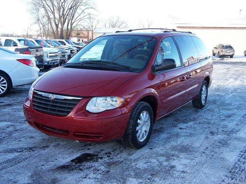 2003 Chrysler Town and Country LX Family Value 1 CarSoup
