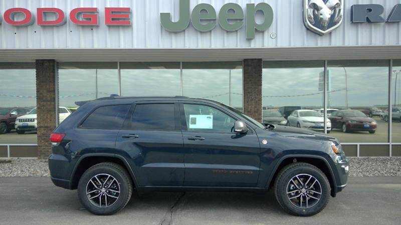 2017 Jeep Grand Cherokee 1 CarSoup