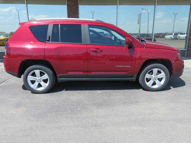 2016 Jeep Compass 1 CarSoup