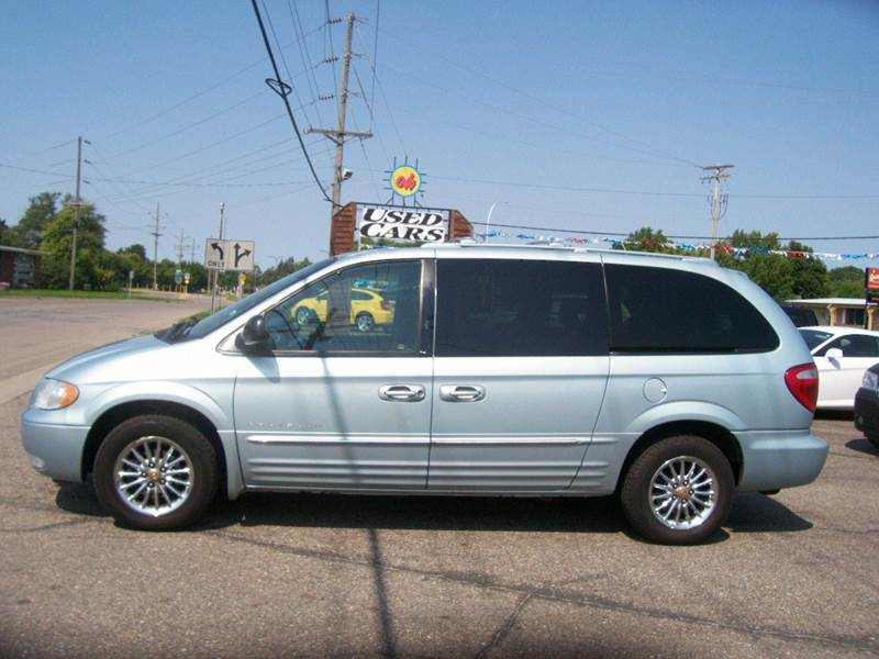 2001 Chrysler Town and Country Limited 1 CarSoup
