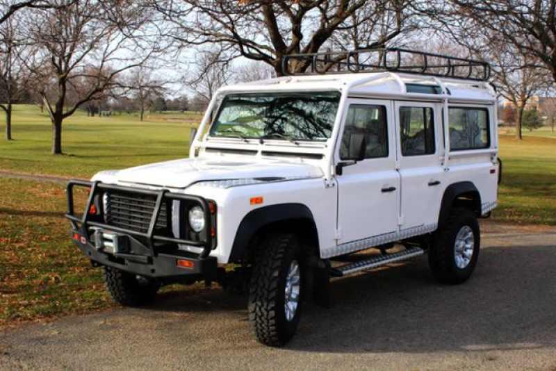 1993 Land Rover Defender 110 1 CarSoup