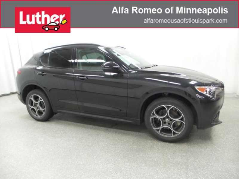 New 2018 Alfa Romeo Stelvio 8 CarSoup