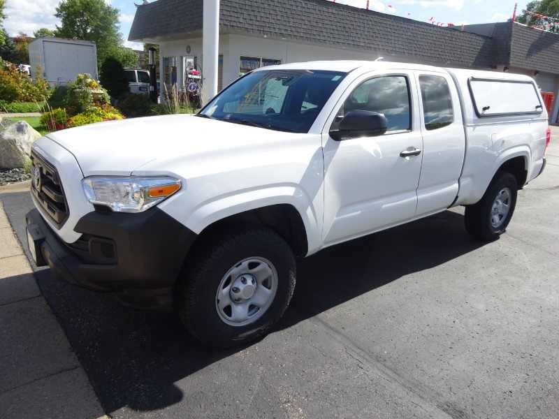 Toyota Tacoma Topper >> 2017 Used Toyota Tacoma Sr Extended Cab 2wd With Utility Topper 20 900 Near Hopkins Mn 55343 Carsoup