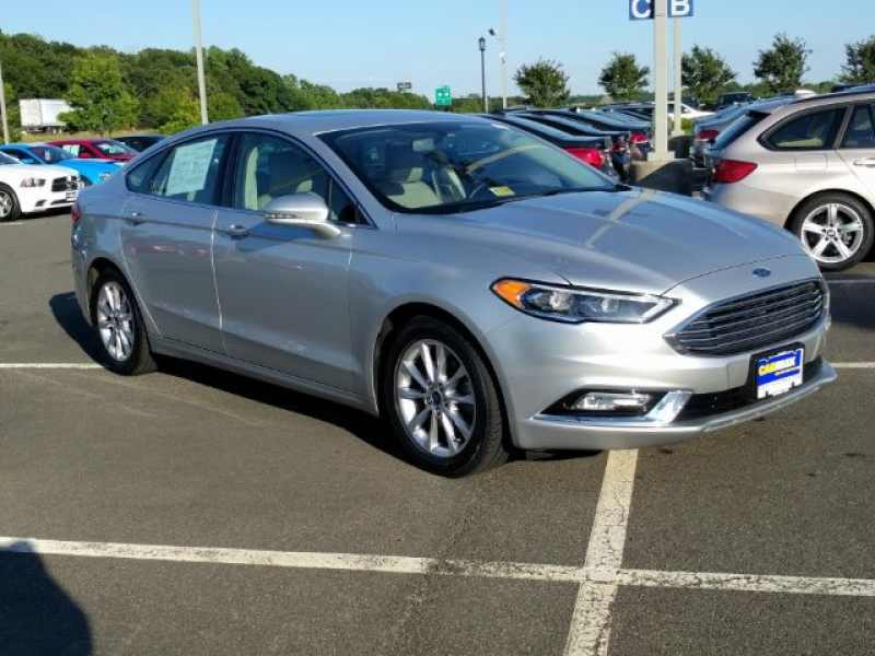 2017 Ford Fusion SE 1 CarSoup
