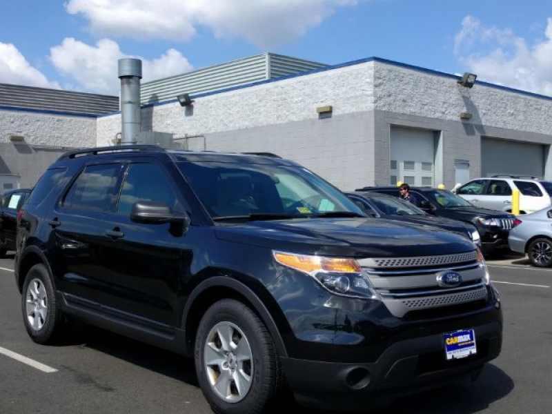 2014 Ford Explorer Base 1 CarSoup
