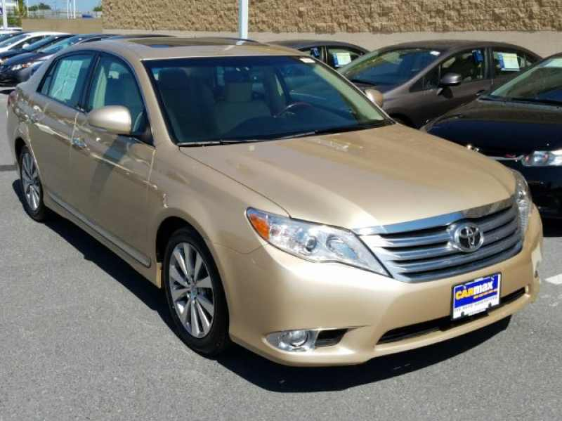 2011 Toyota Avalon Limited 1 CarSoup
