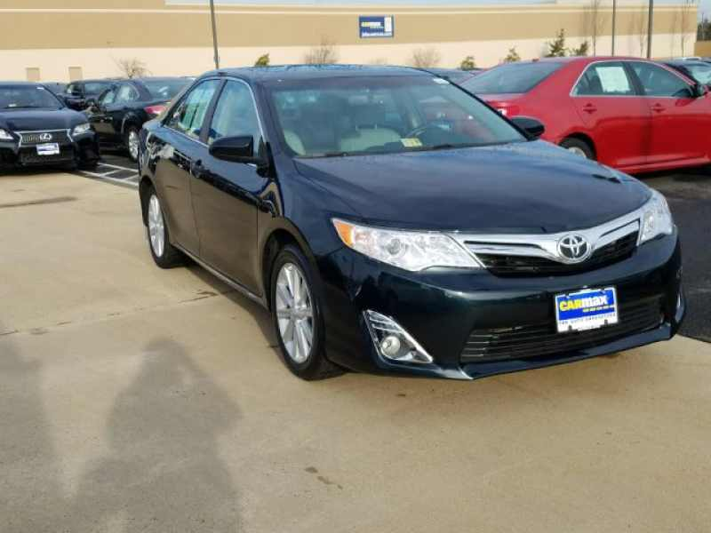 2014 Toyota Camry SE 1 CarSoup