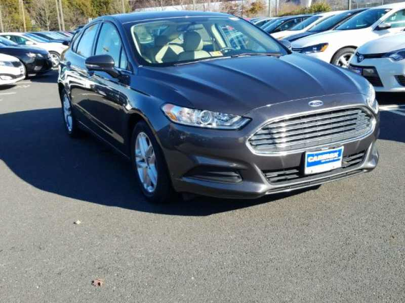 2016 Ford Fusion SE 1 CarSoup