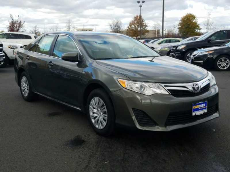 2013 Toyota Camry XLE 1 CarSoup