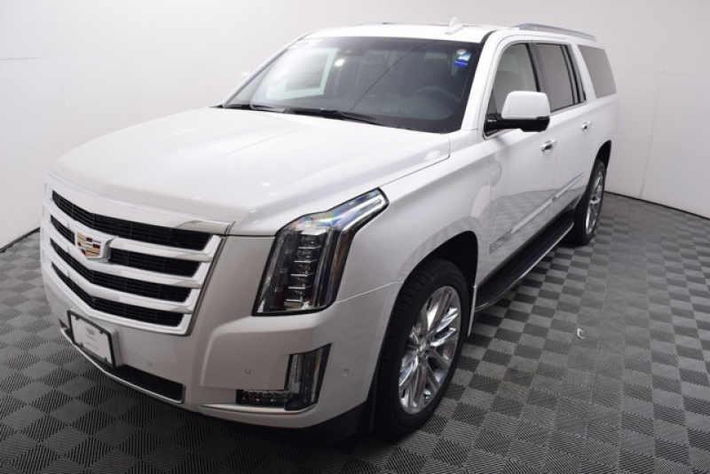 2017 Cadillac Escalade ESV 4WD 4dr Luxury 1 CarSoup