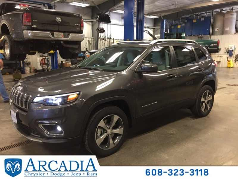 2019 New Jeep Cherokee Limited 36 760 Near Arcadia Wi 54612 Carsoup