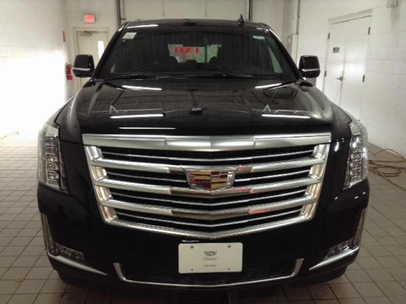 2018 New Cadillac Escalade Platinum Edition $97 160 Near Buffalo MN