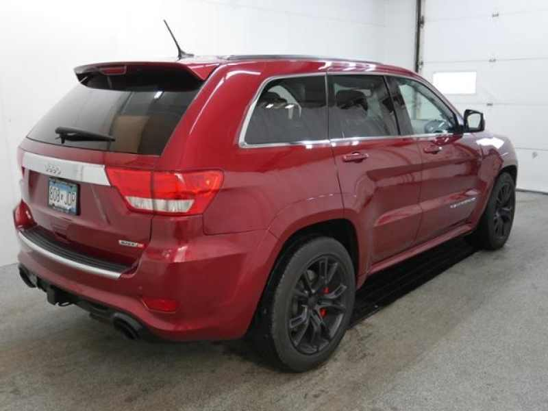in grand warrenville wheel used suv four owned jeep drive cherokee inventory pre