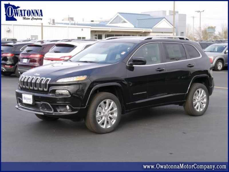 2018 Jeep Cherokee Overland 1 CarSoup