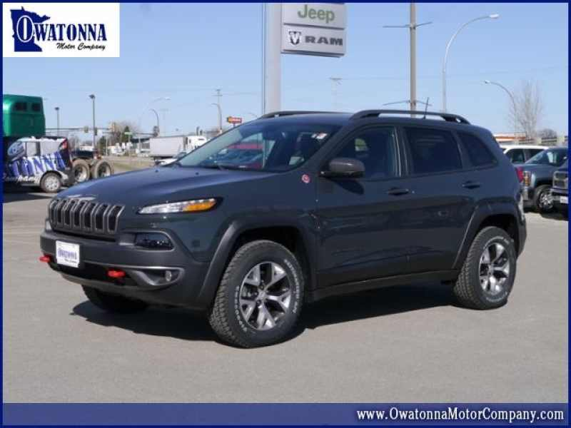 2017 Jeep Cherokee Trailhawk 1 CarSoup