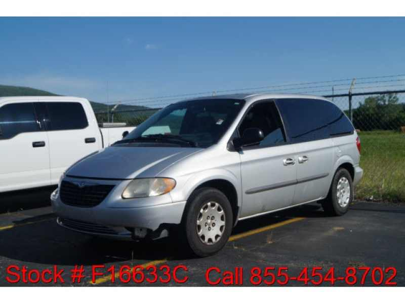 2004 Chrysler Town and Country Family Value 1 CarSoup