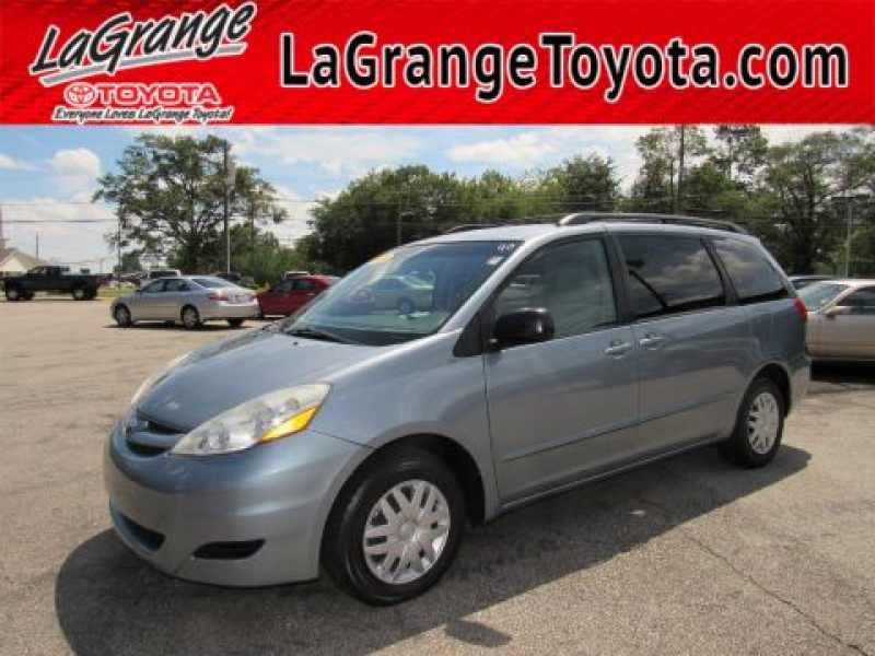 2010 Toyota Sienna CE 7-Passenger 1 CarSoup