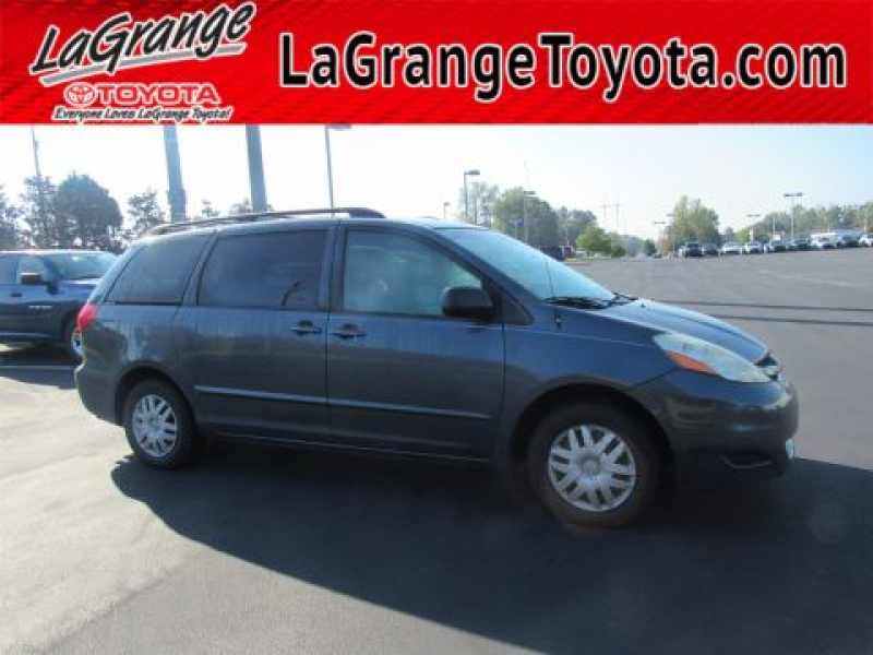 2006 Toyota Sienna LE 7-Passenger 1 CarSoup