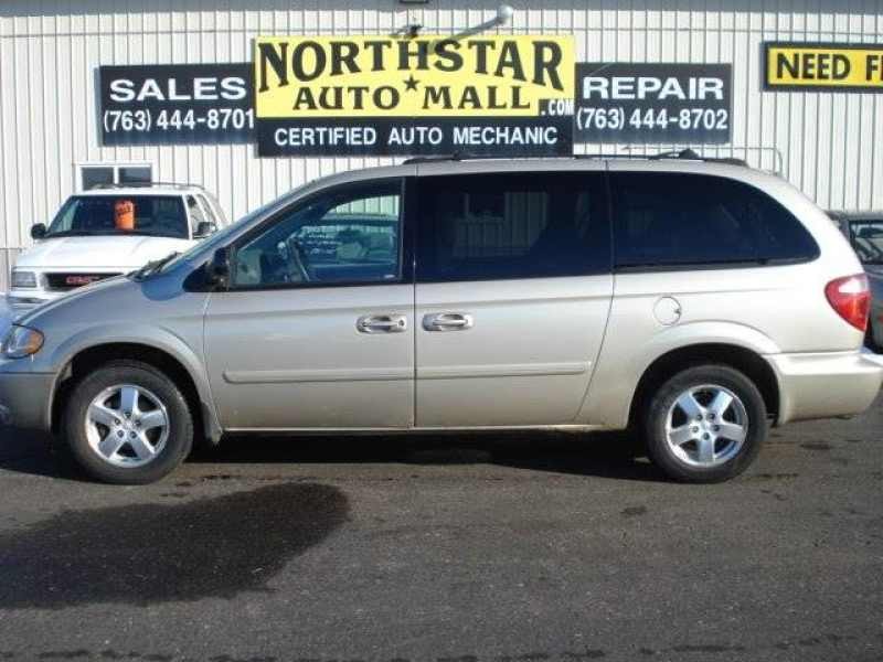 2005 Dodge Grand Caravan SXT 1 CarSoup