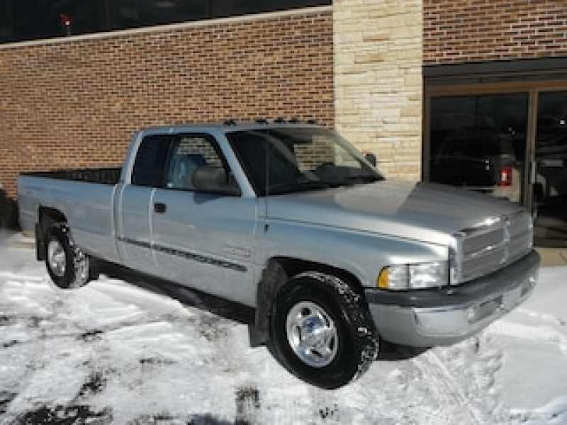 2001 Dodge RAM Pickup 2500 ST 1 CarSoup