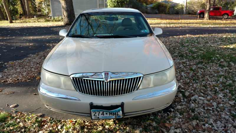 2001 Lincoln Continental Base 1 CarSoup