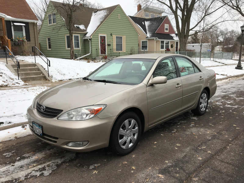 2003 Toyota Camry XLE 1 CarSoup