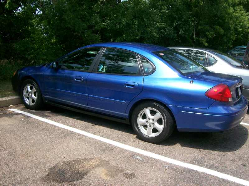 2003 Ford Taurus SE 1 CarSoup