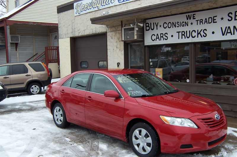 2009 Toyota Camry LE 1 CarSoup