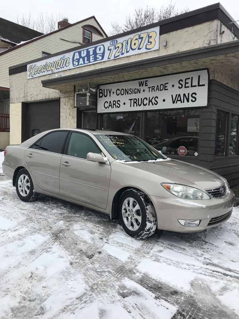 2005 Toyota Camry XLE 1 CarSoup
